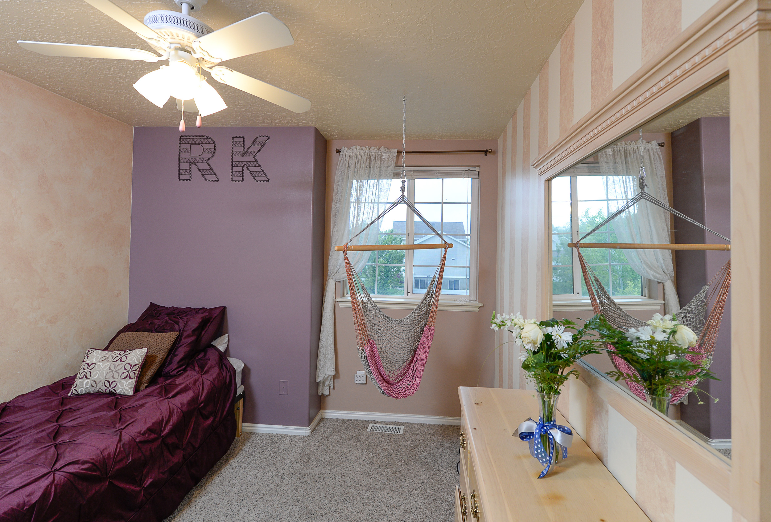 Purple bedroom.jpg