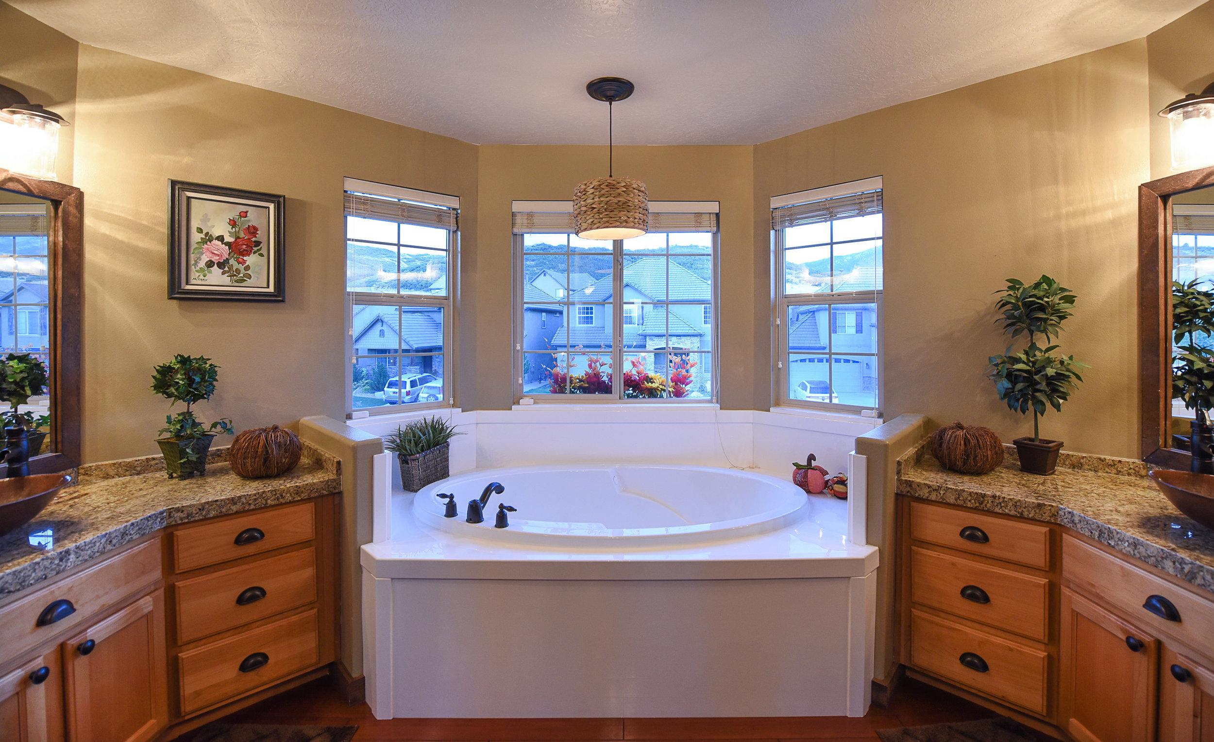 Master-bath2.jpg