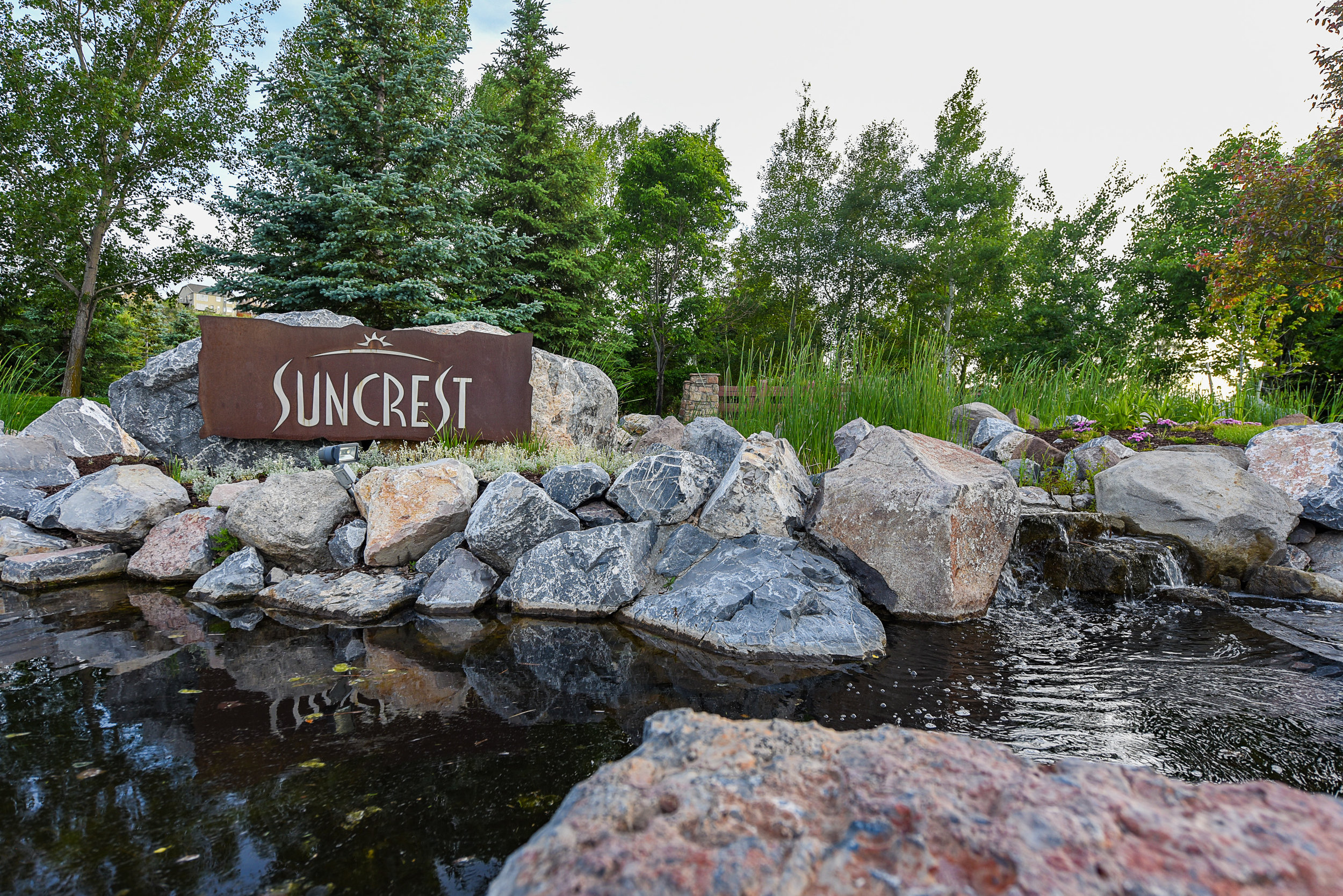 suncrest sign1.jpg
