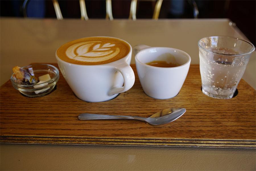 eitherorcafe01.jpg