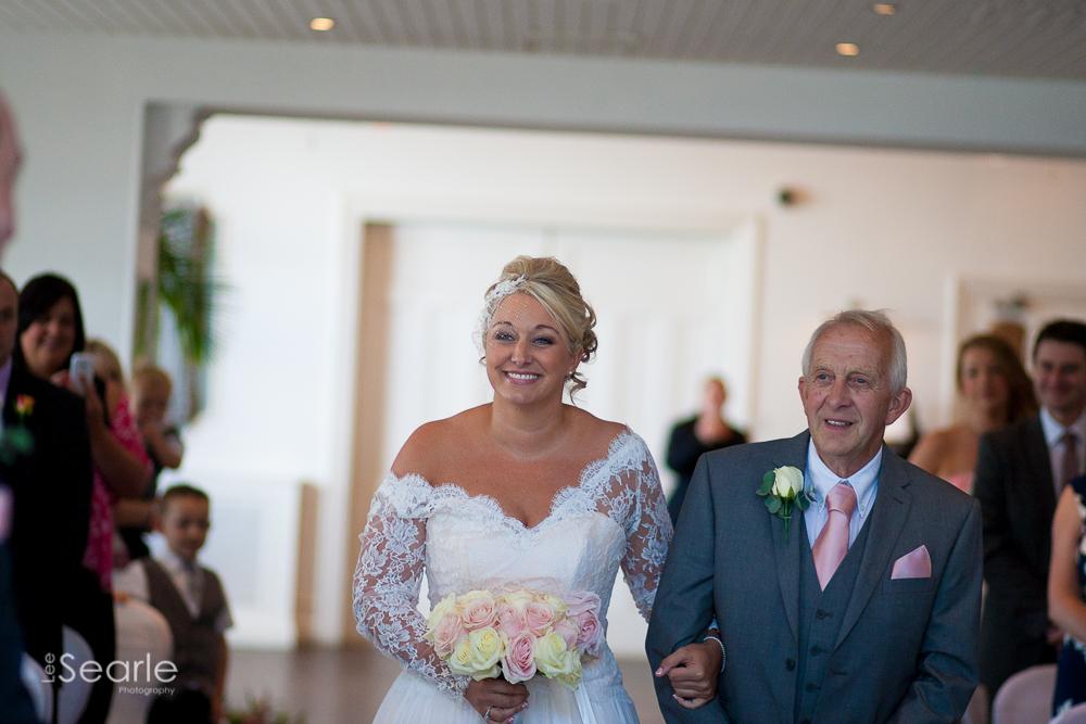 wedding-photographer-Cornwall-leesearle-17.jpg