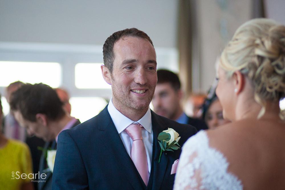 wedding-photographer-Cornwall-leesearle-23.jpg