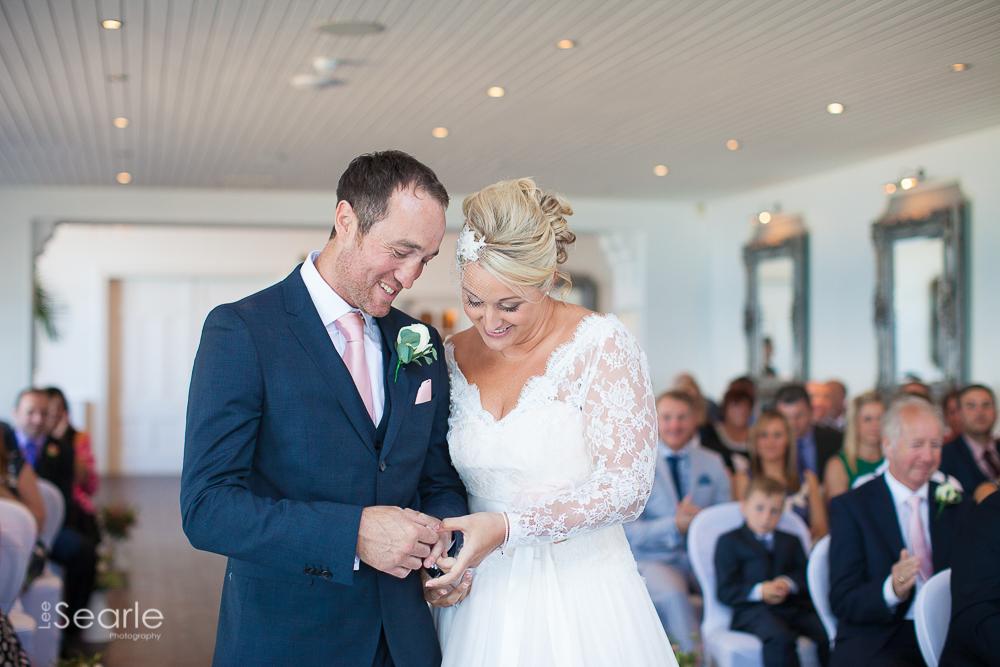 wedding-photographer-Cornwall-leesearle-25.jpg