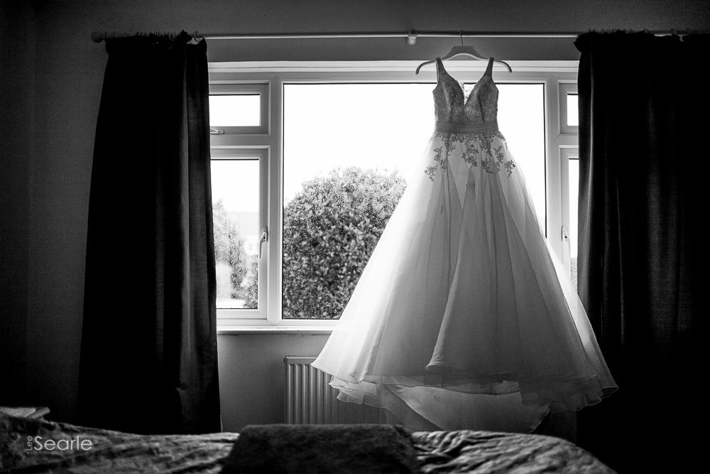 lee-searle-wedding-photographer-cornwall-2.jpg
