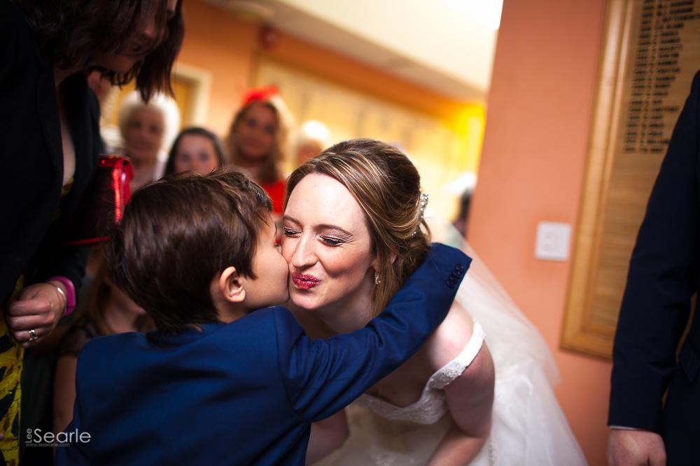 lee-searle-wedding-photographer-cornwall-18.jpg
