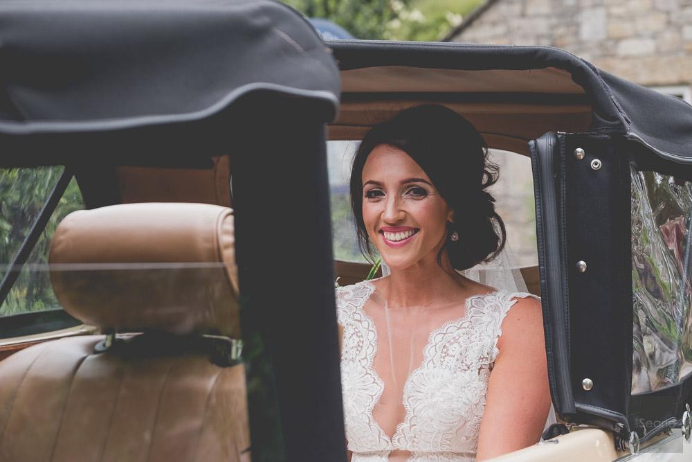 WEDDING-PHOTOGRAPHER-23.jpg