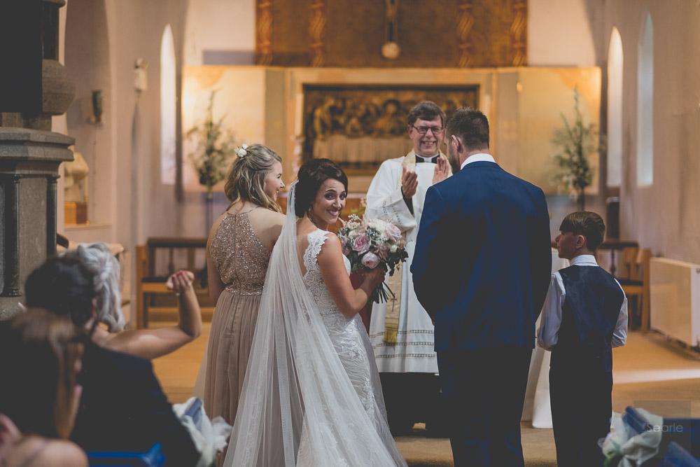 WEDDING-PHOTOGRAPHER-30.jpg
