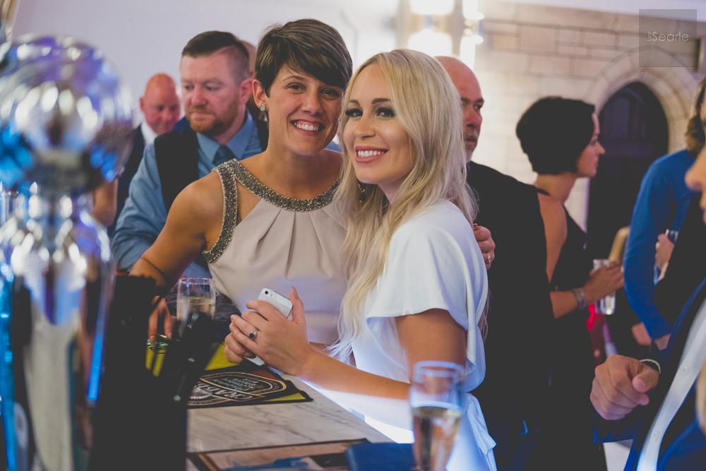 lee-searle-wedding-party-8.jpg