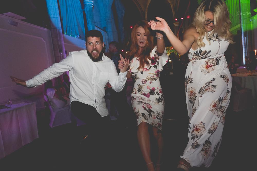 lee-searle-wedding-party-18.jpg