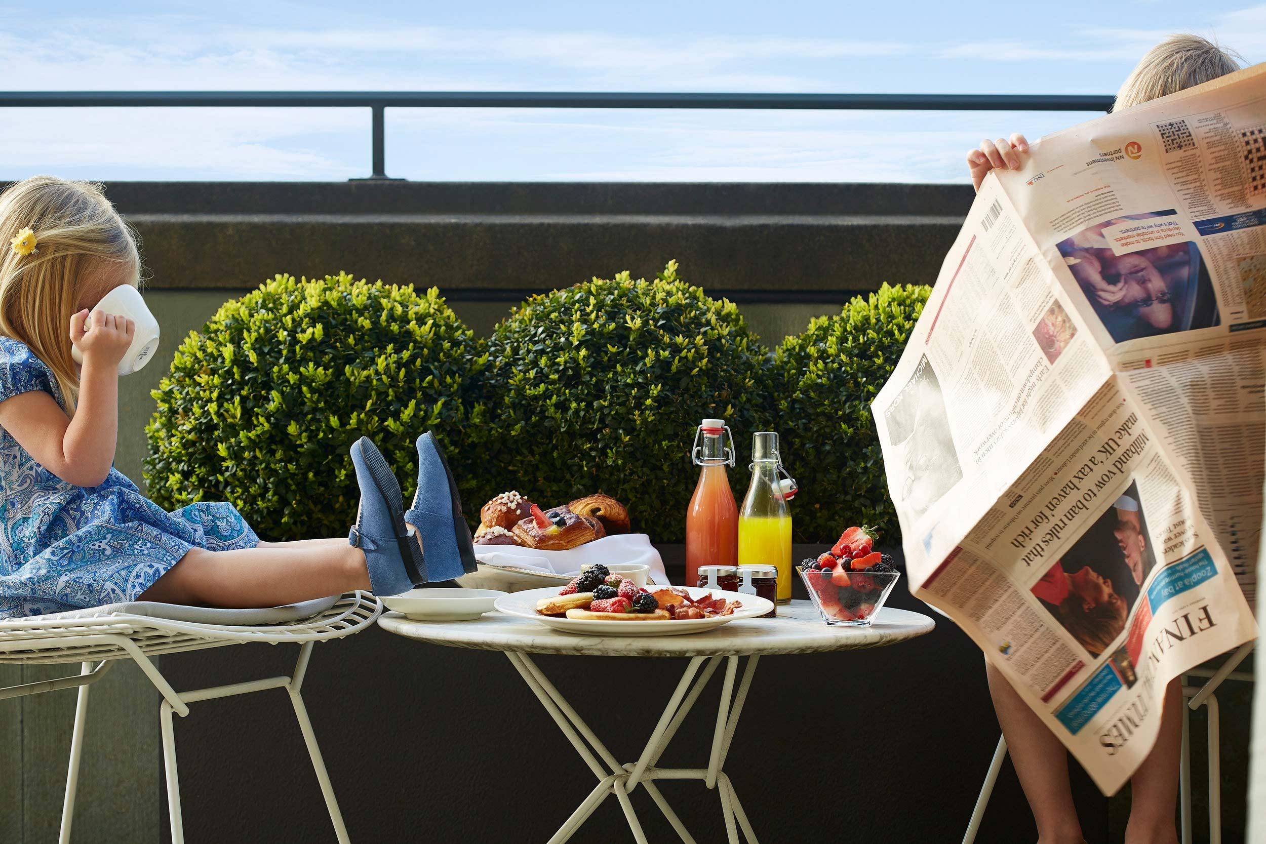 Balcony+Breakfast+074.jpg