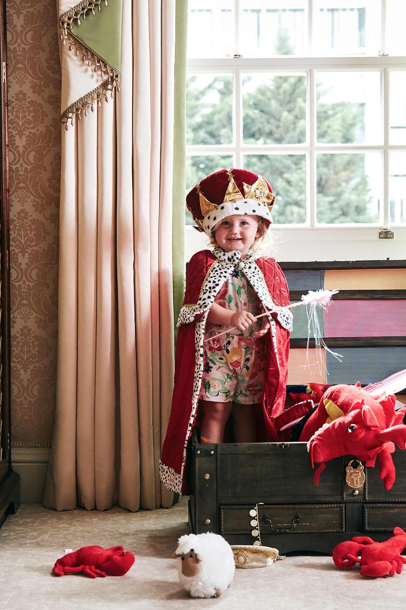Kids-dress-up-box-2-017.jpg