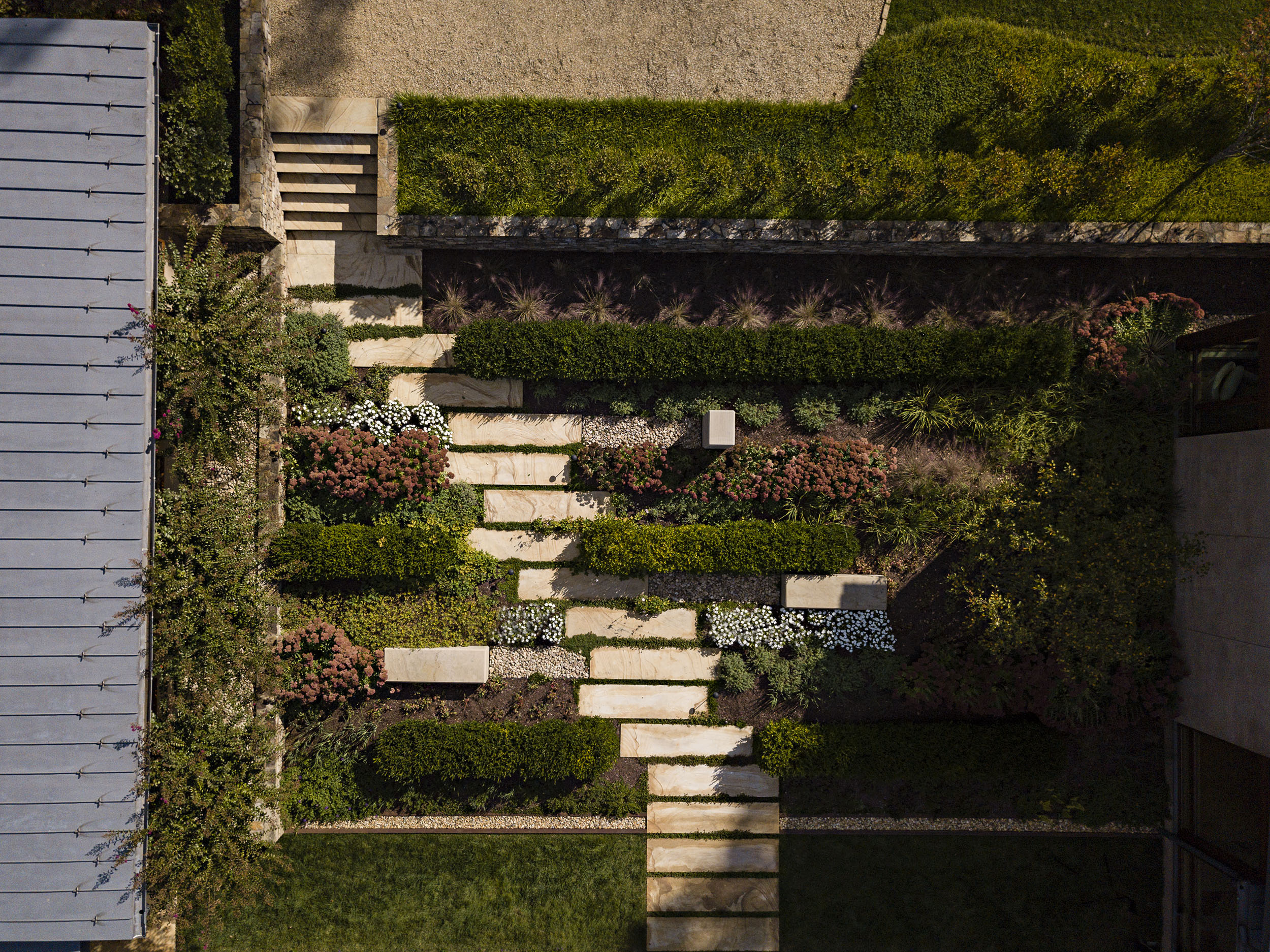 Grounded-sandstone-modern-landcape-architecture_charlottesville-planting2.jpg