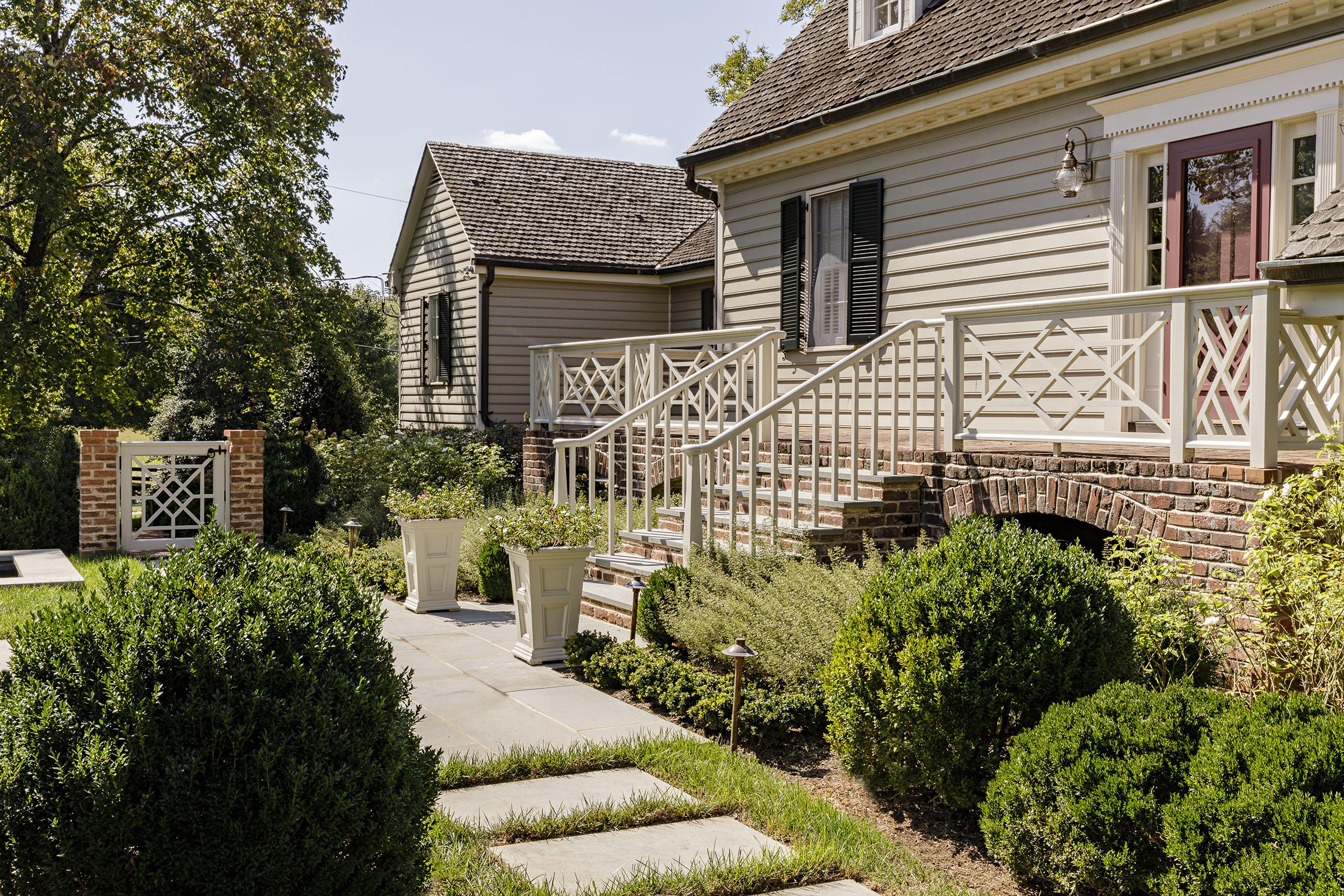 Grounded_Charlottesville-garden_design-historic_house_landscape-architect.jpg