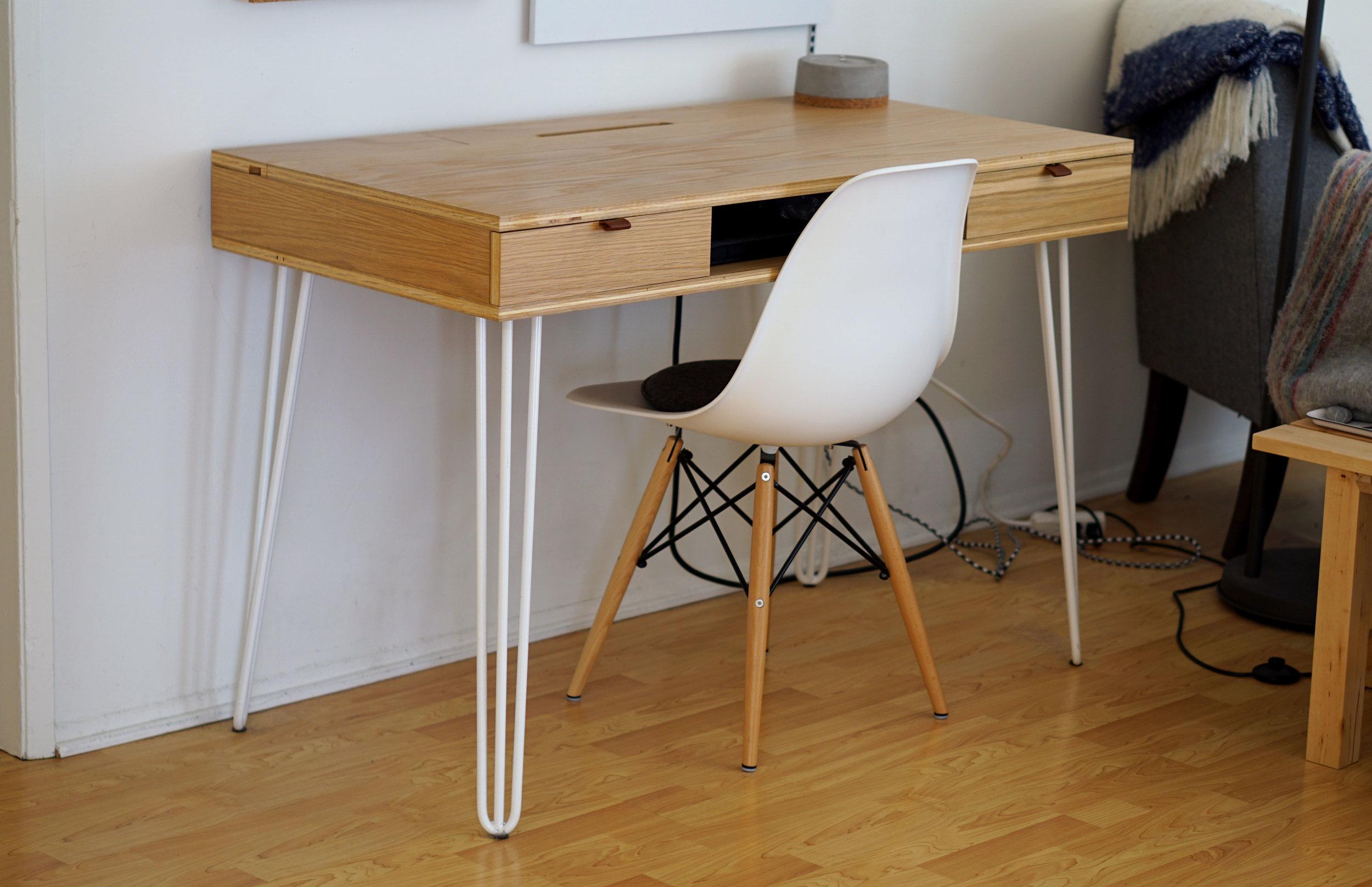 Desk_Bare3.4View.jpg