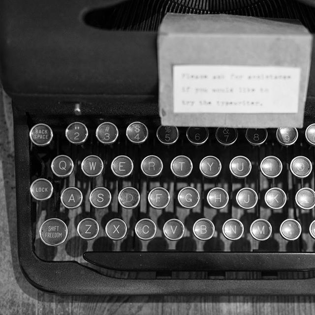 Exploring at @foundgallery!  #vintage #typewriter #a2 #kerrytown #annarbor #visitannarbor #shopsmall #shopping #smallbusiness #local