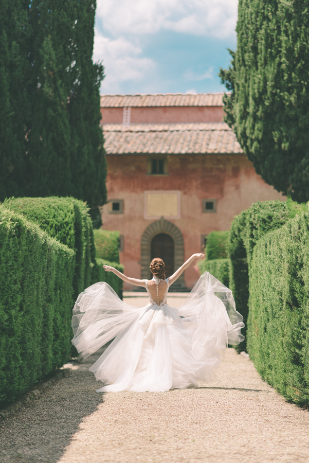 Wedding_Photographer_in-_Tuscany-900X600.png