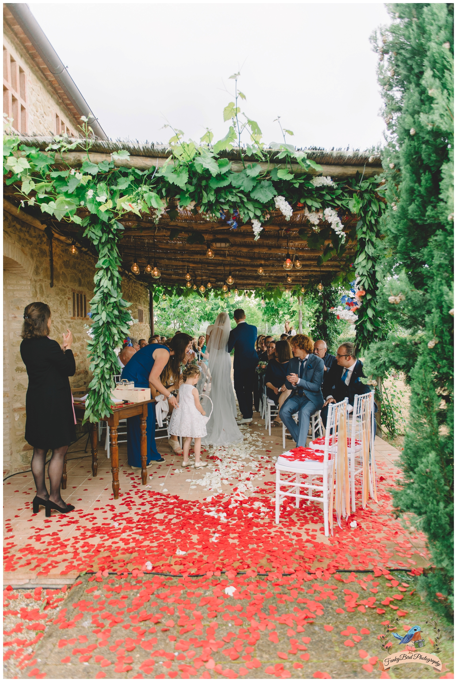 Wedding_Photographer_in_Tuscany_0014.jpg
