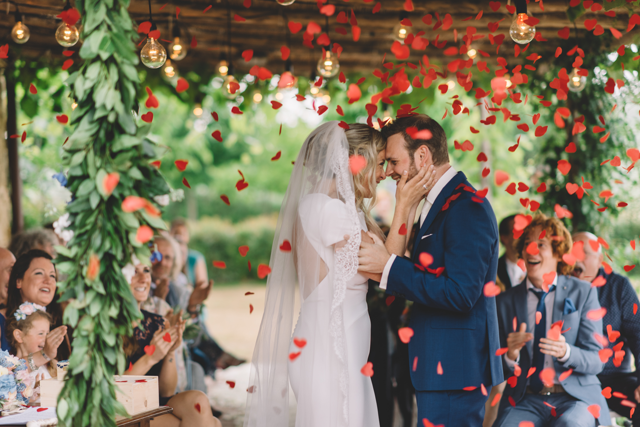 Wedding-Photographer-in-Tuscany.png
