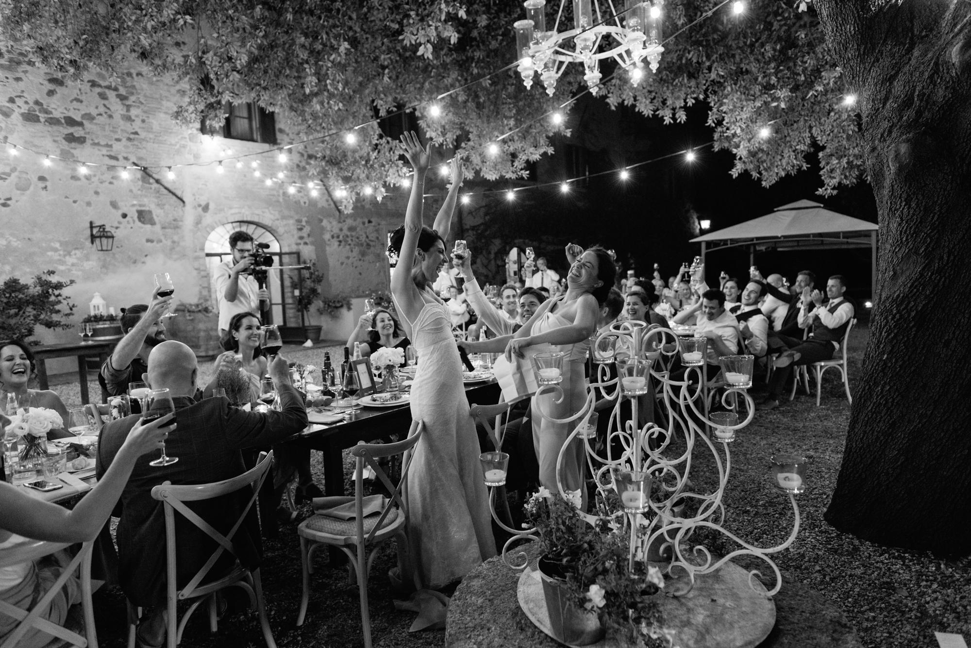 Wedding_Photographer_in_Tuscany_Italy-004.jpg