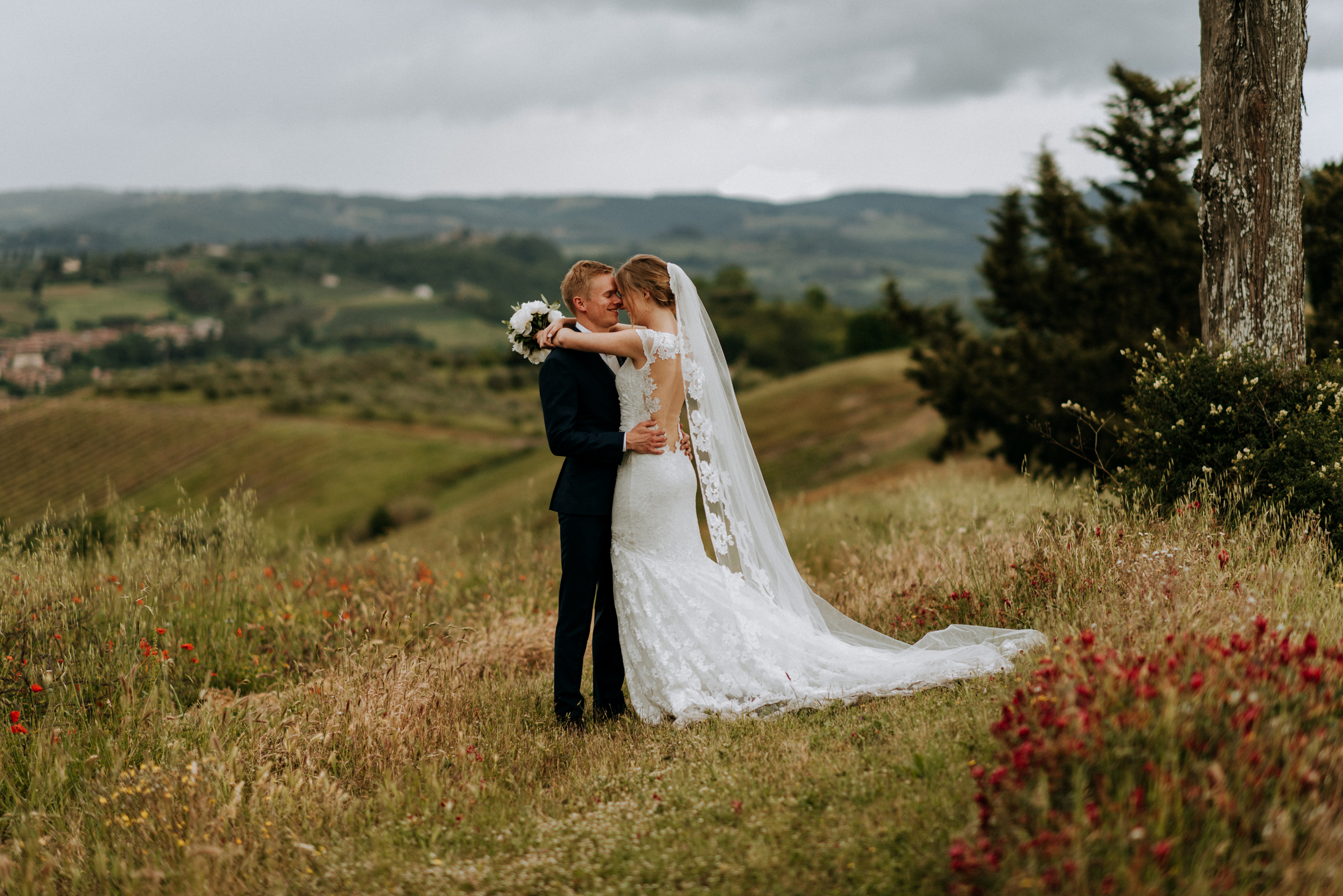 Wedding Photographer in Tuscany Italy