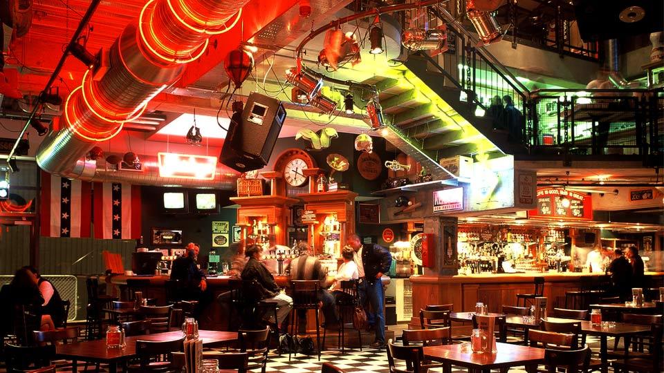 Chicago bar Wellington