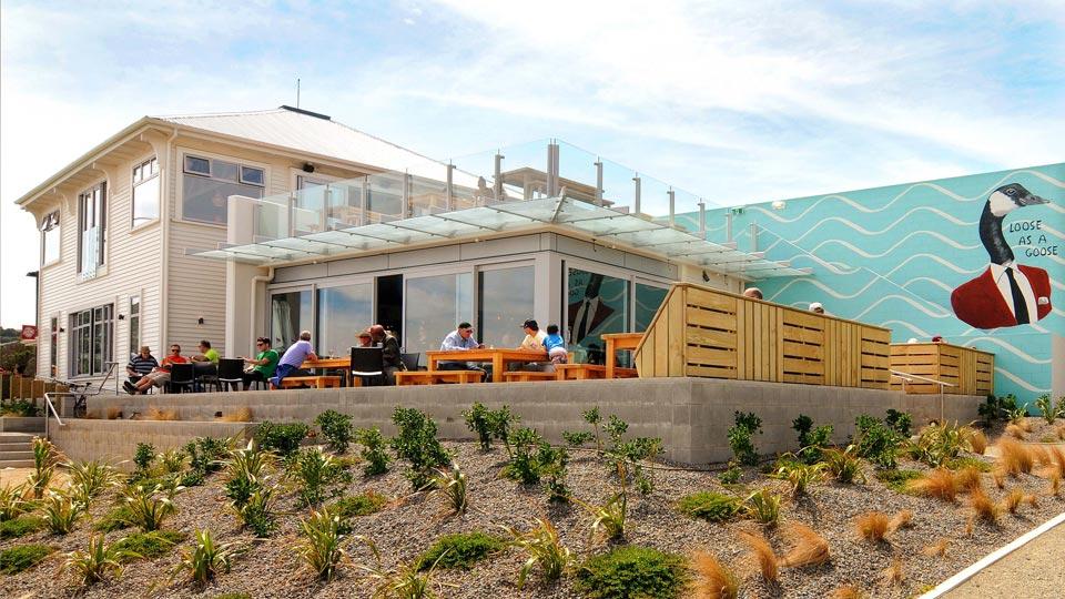 Lyall-Bay-Beach-Cafe-2.jpg