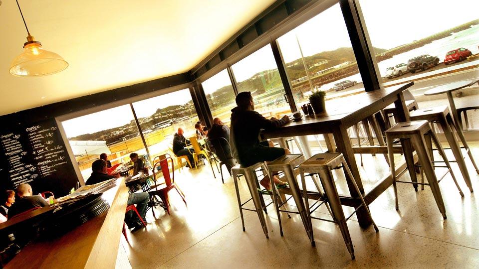 Lyall-Bay-Beach-Cafe-6.jpg
