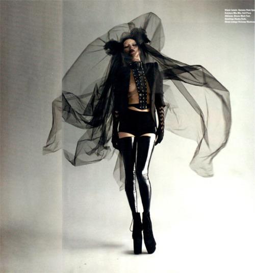 art-beautiful-black-and-white-fashion-girl-Favim.com-151759.jpg