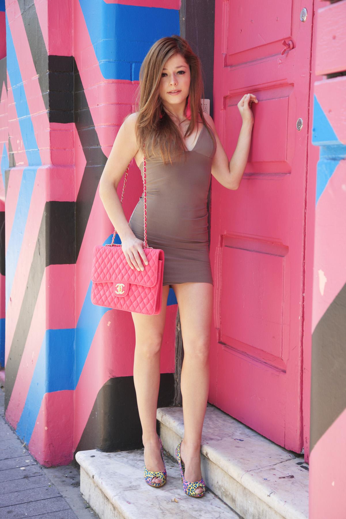 Dress:  Missguided   Bag:  Chanel   Shoes:  Fiebiger   Earrings:  Ebay