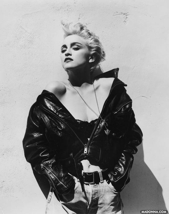 Madonna-Herb-Ritts-Session-madonna-25387218-552-700.jpg