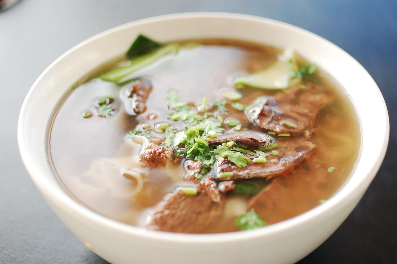 chens-noodle-house-beef-noodle-soup