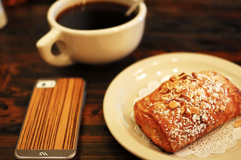blue-dahlia-almond-marscapone-croissant.jpg