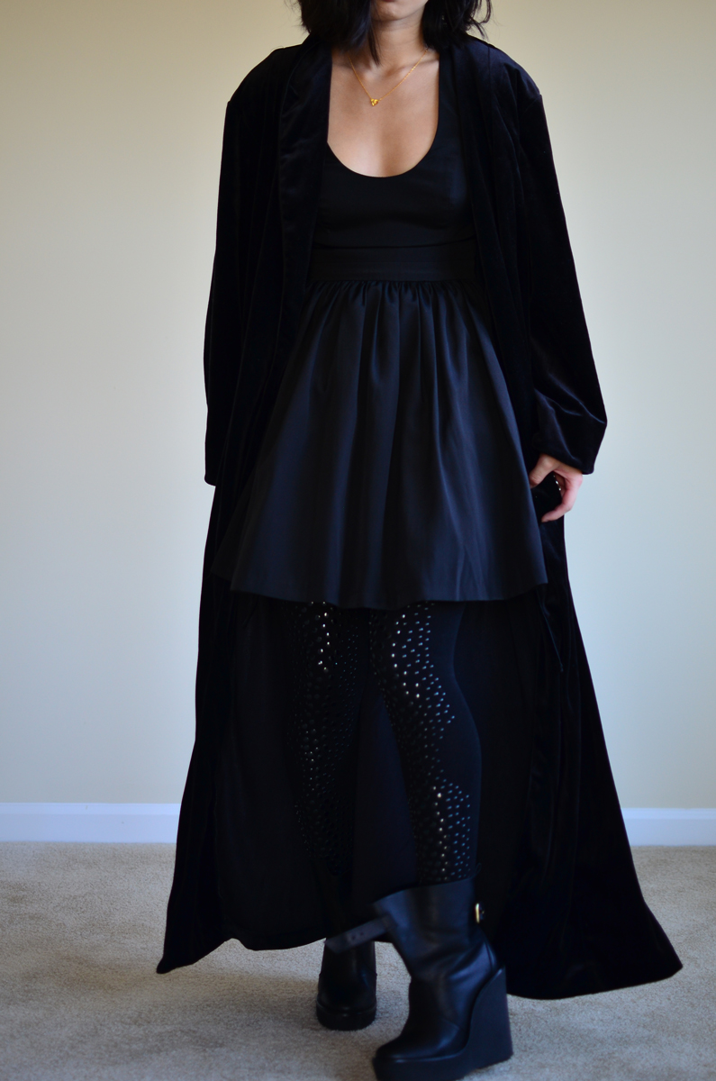 bluejuice-dress-nye-outfit-black-sequins.jpg