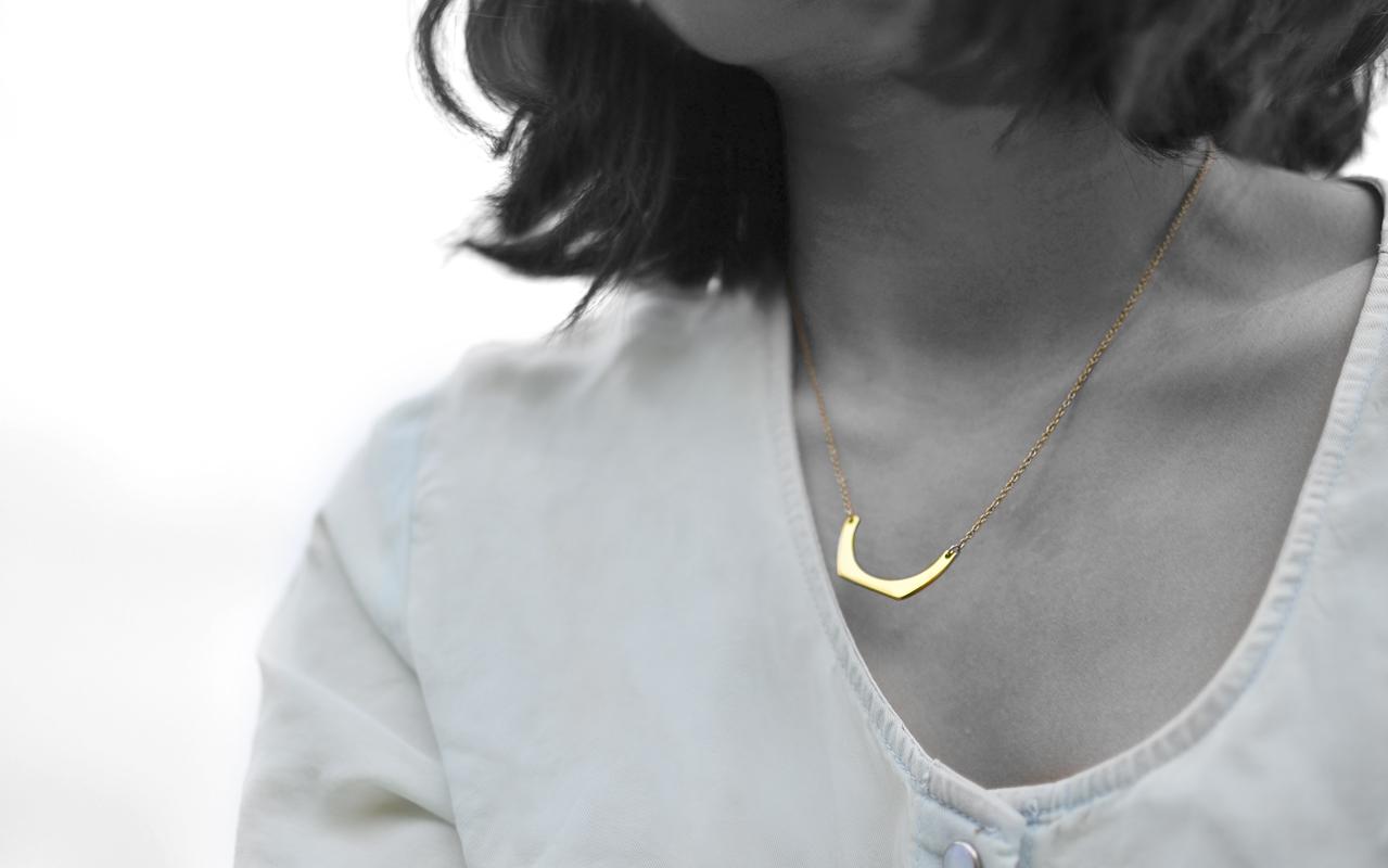 aye-sir-ally-gorjana-aria-necklace
