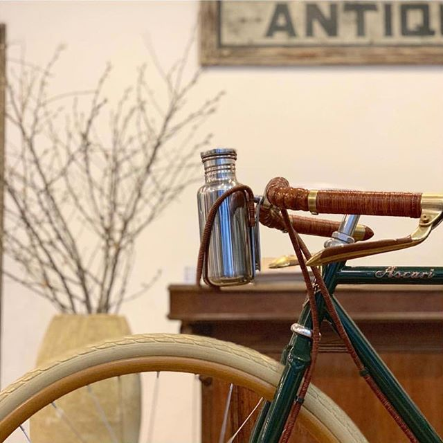 Special collection of handmade bicycles available in Japan at @oldjoebrand and @phats_square_company #ascaribicycles #handmadebicycles #oldjoebrand #phaetonsmartclothes