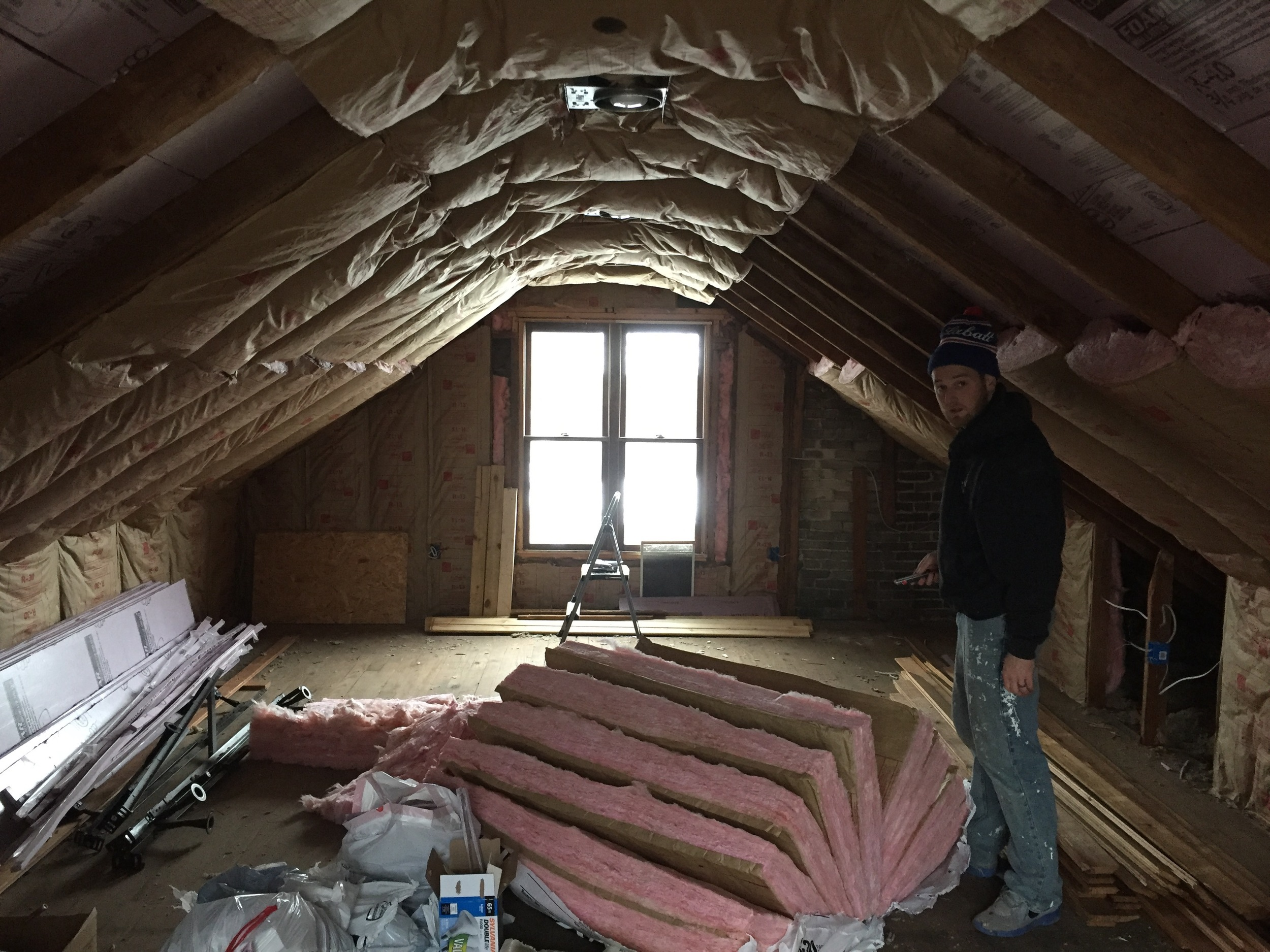 The couple that insulates together, stays together!