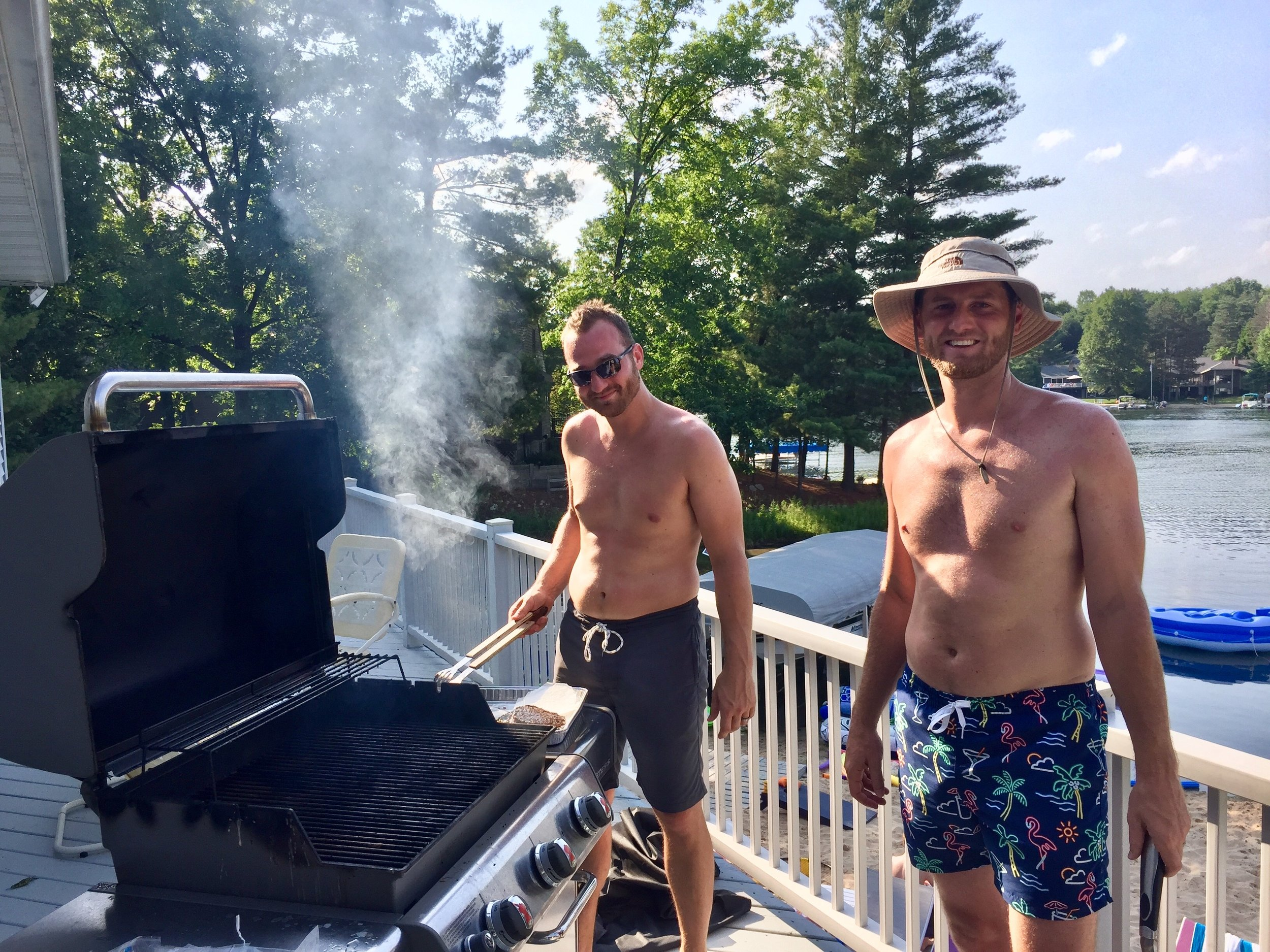 Lake Bella Vista Grilling.jpg