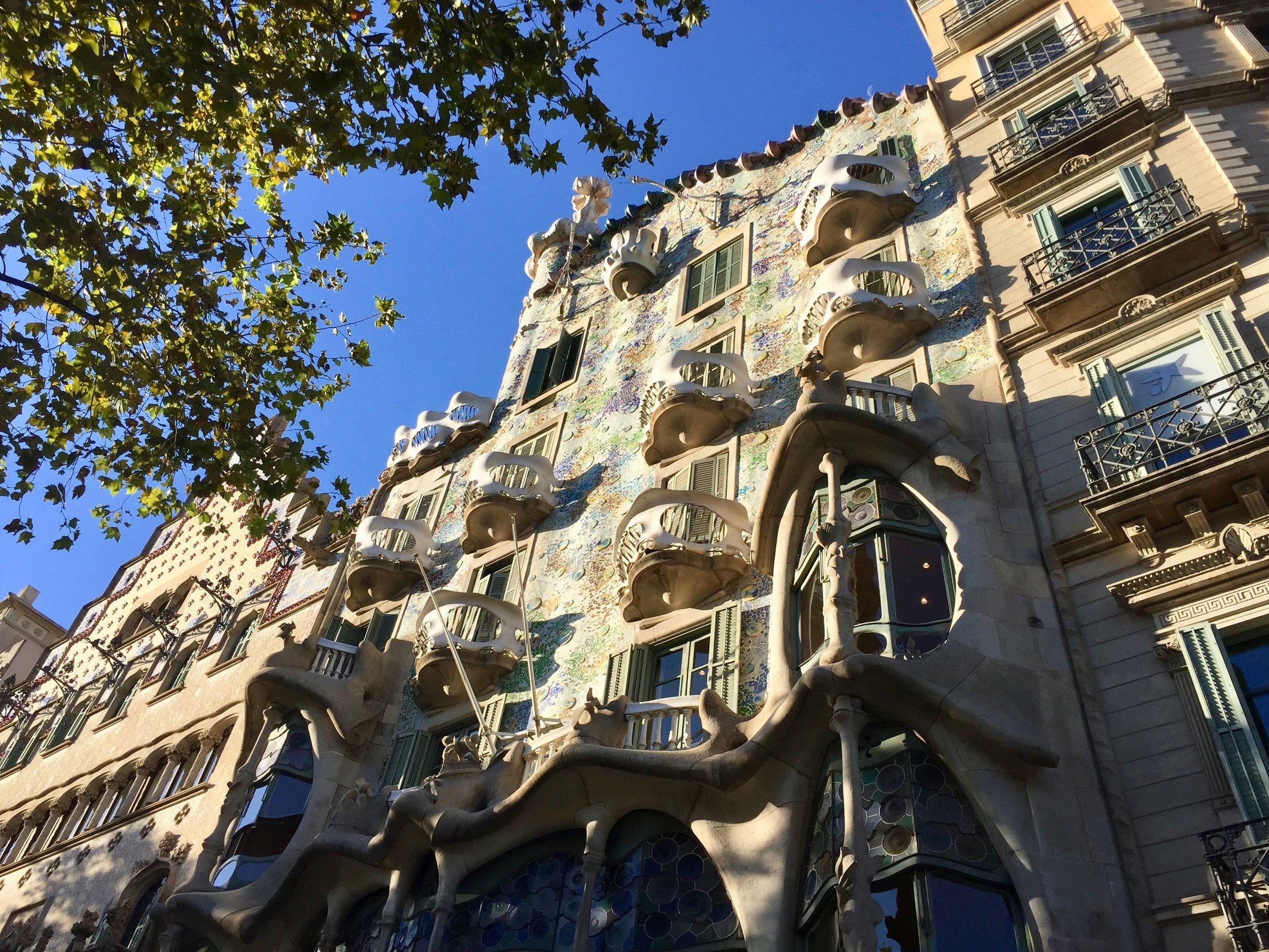 barcelona spain gaudi house.jpg