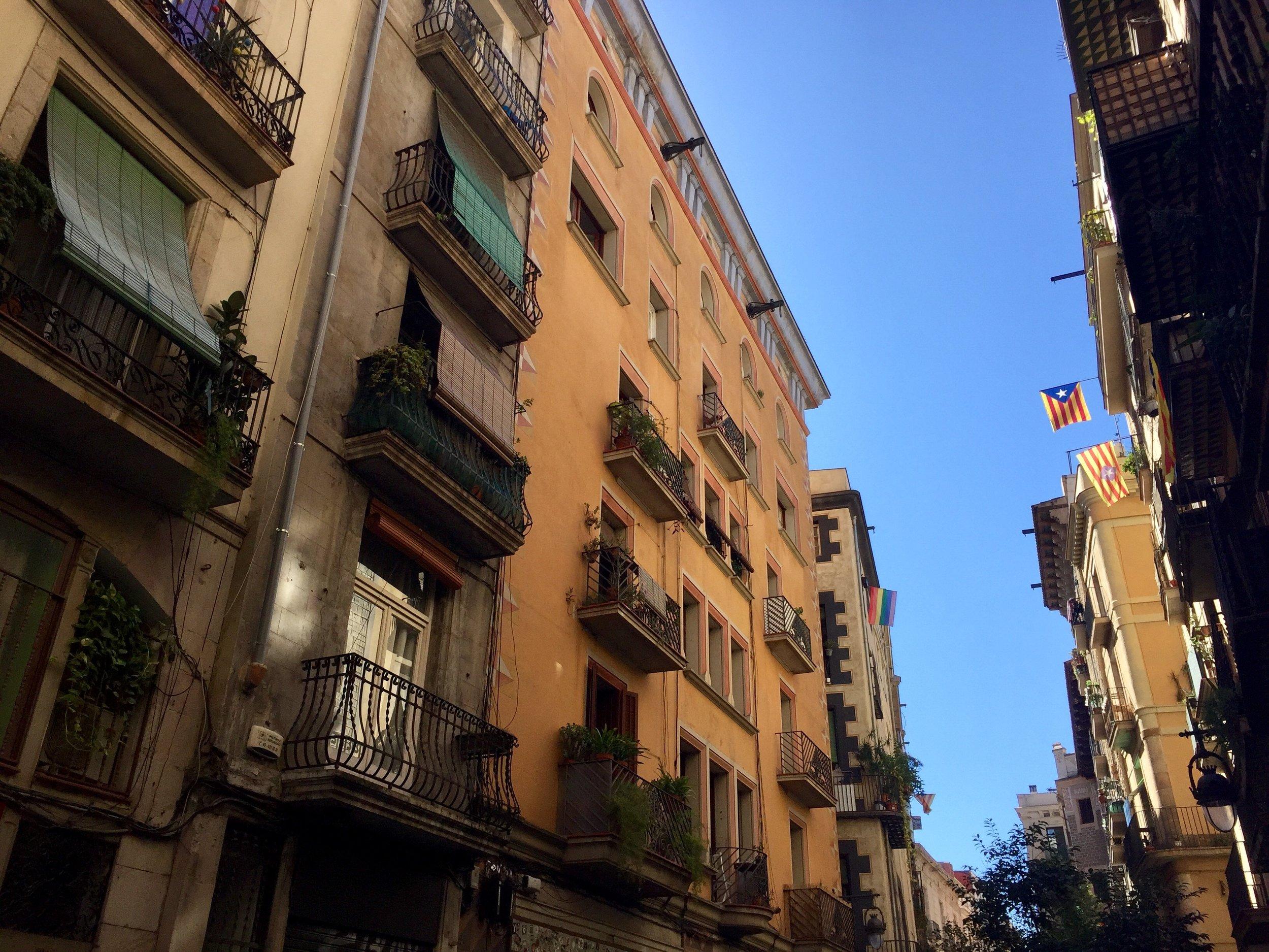 Barcelona Spain street view.jpg