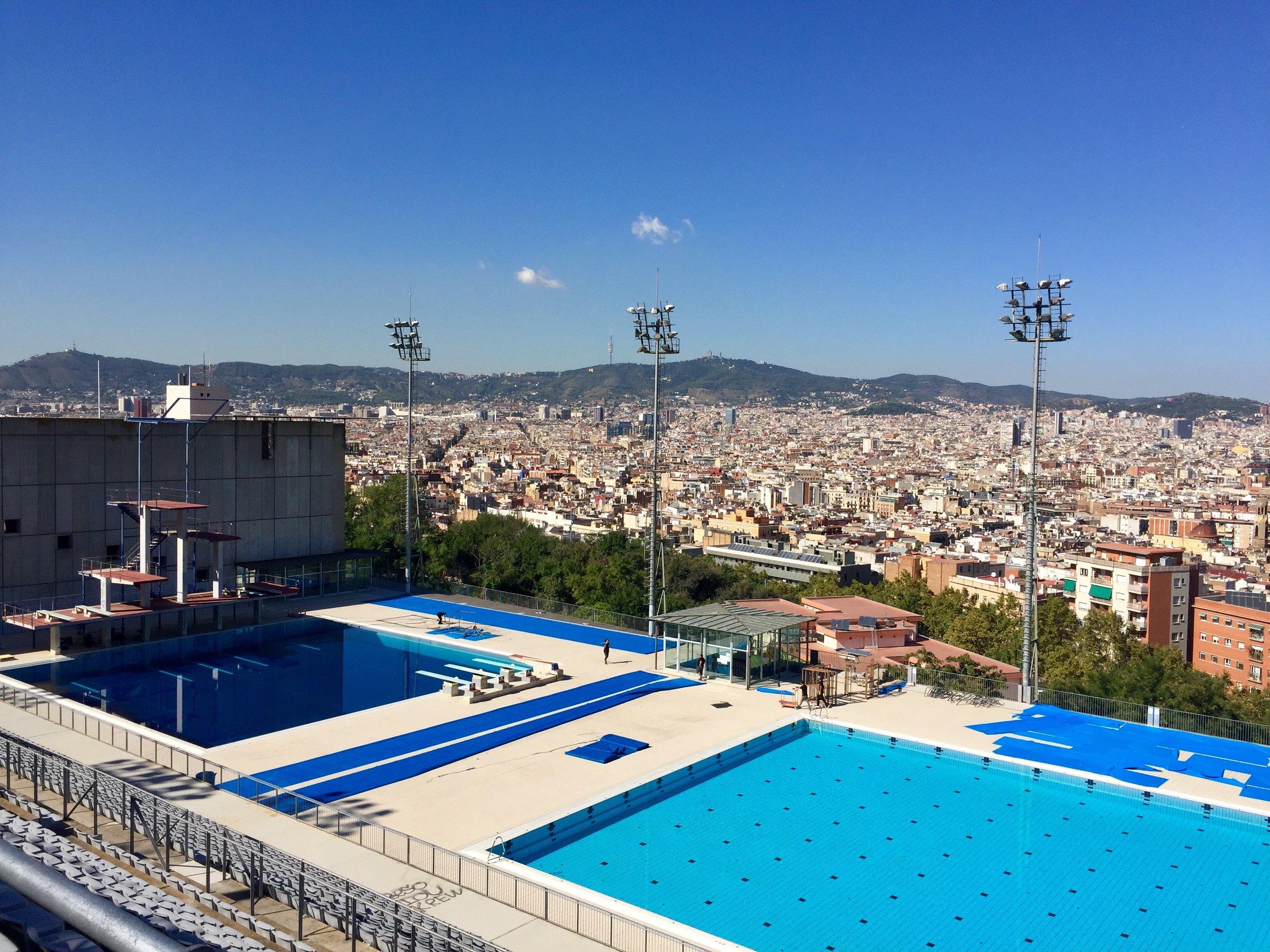 Barcelona Spain Olympic diving pool.jpg