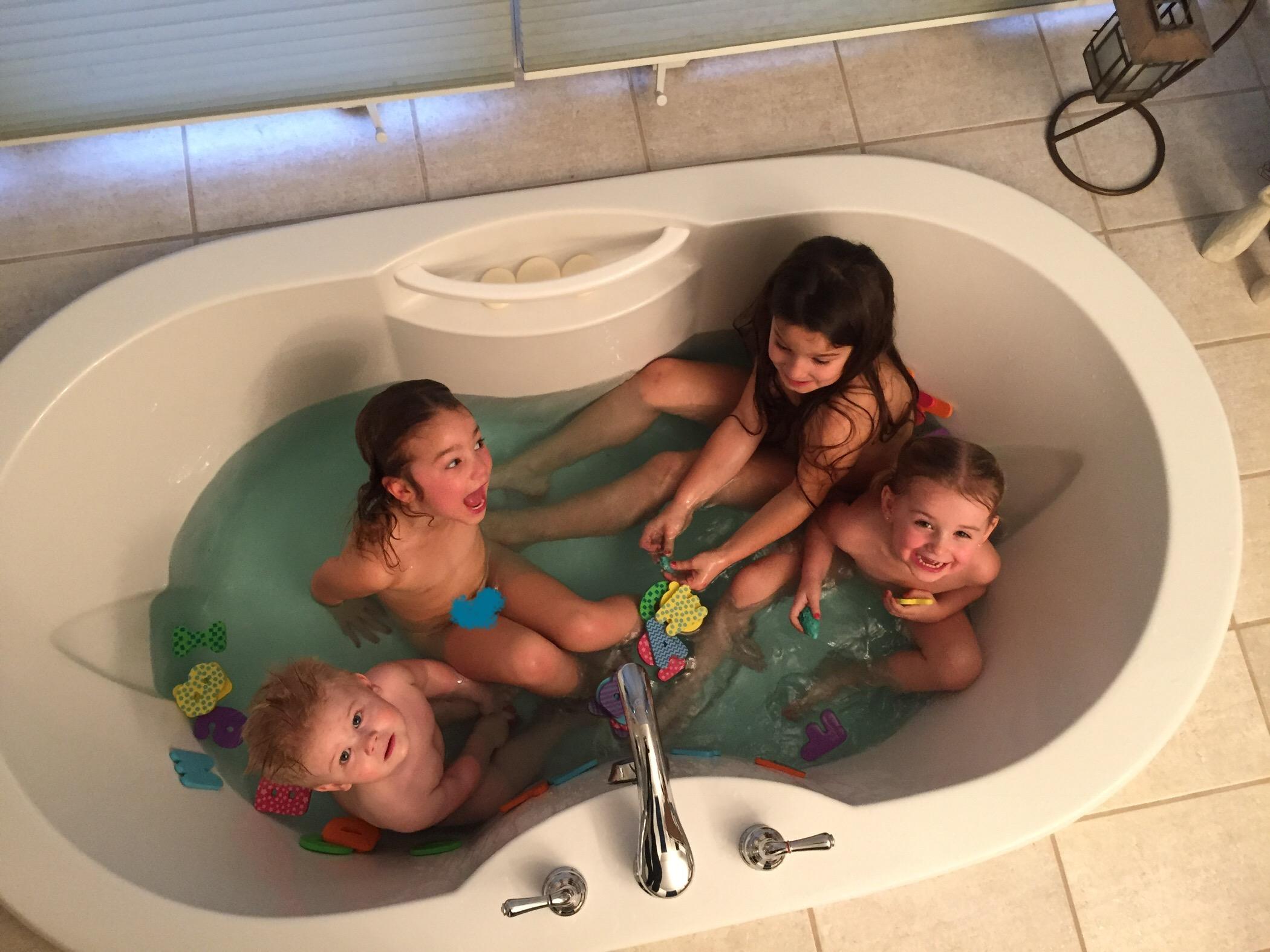 Kladder Christmas bathtub.jpg