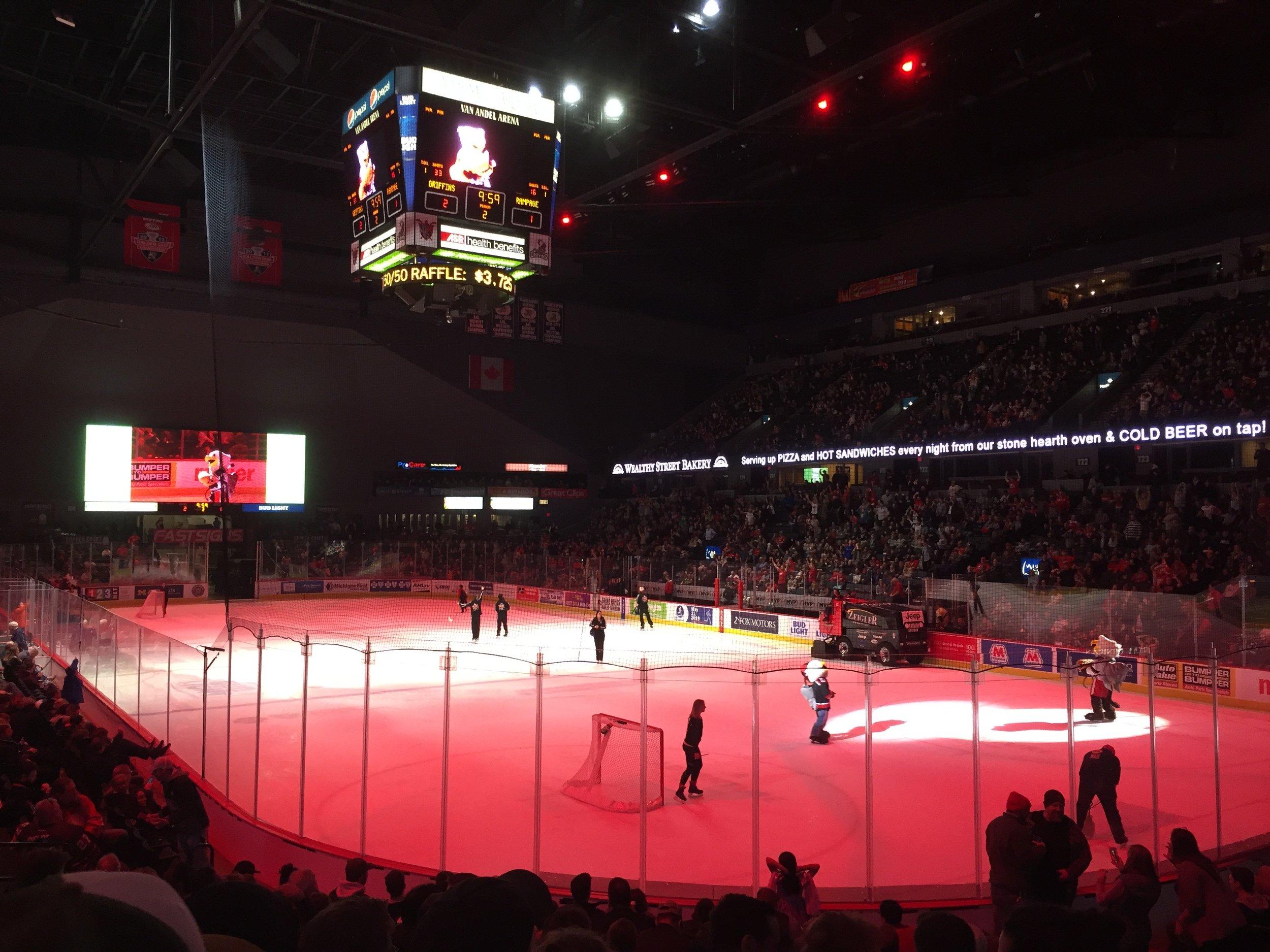 Griffins hockey.jpg