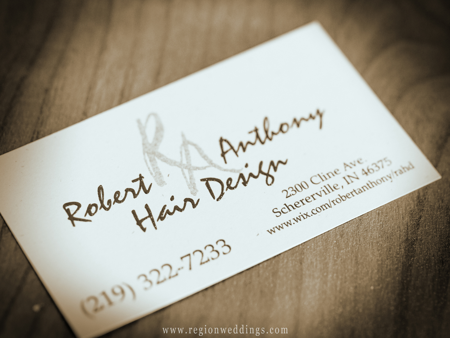 Business card for Robert Anthony Hair Design in Schererville, Indiana.