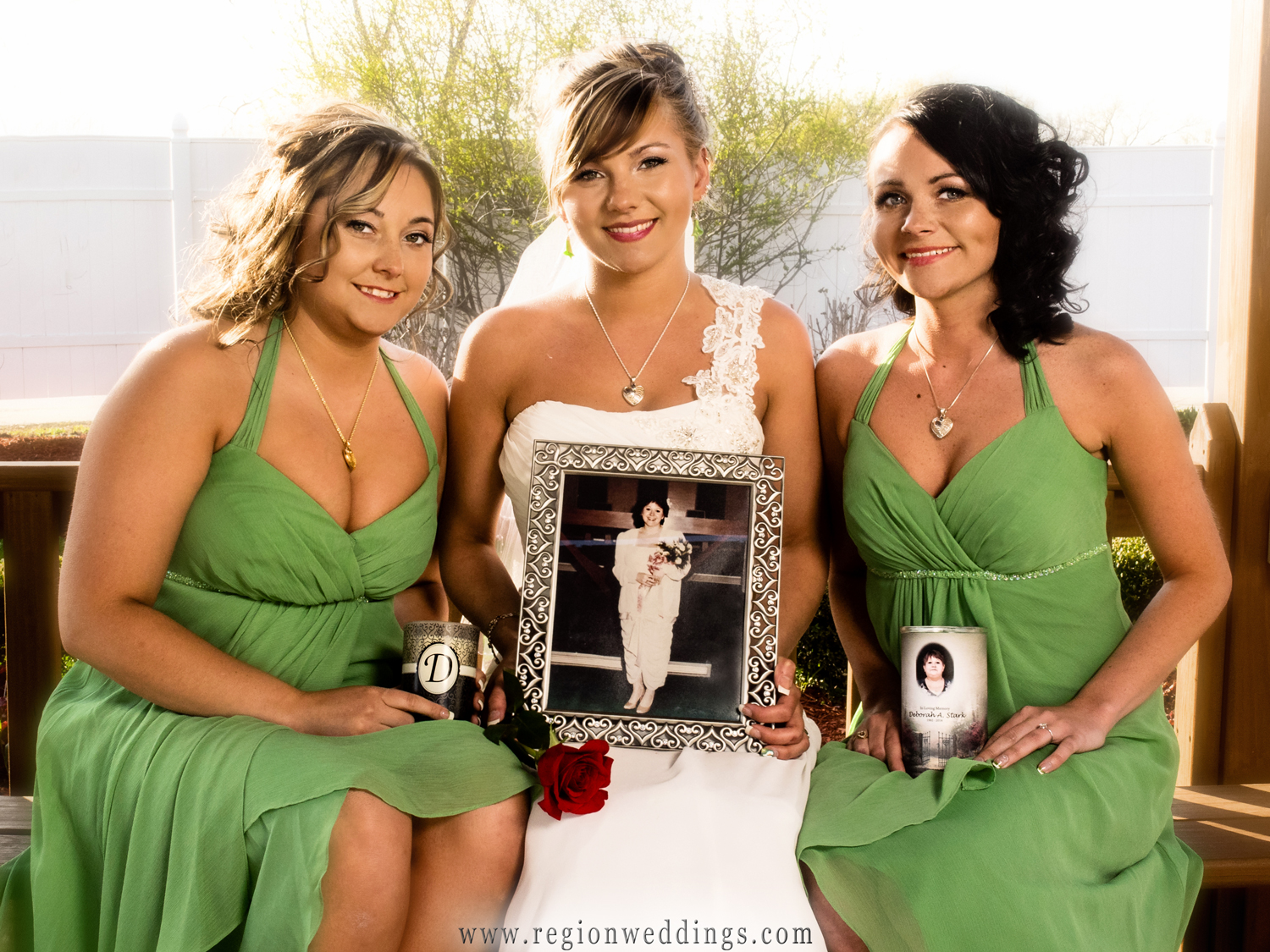 The bride and her sisters pay tribute to their mother.