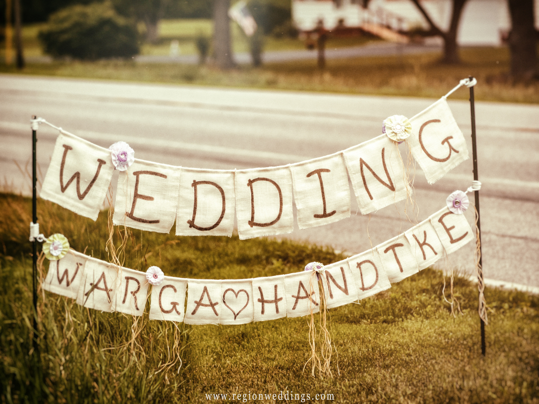 Rustic wedding sign.