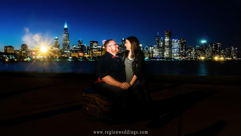 night-photo-chicago-skyline-streetlamp.jpg