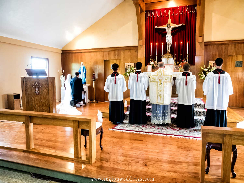 mother-mary-prayer-bride-groom.jpg