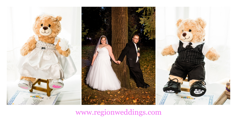Bride and groom teddy bears.