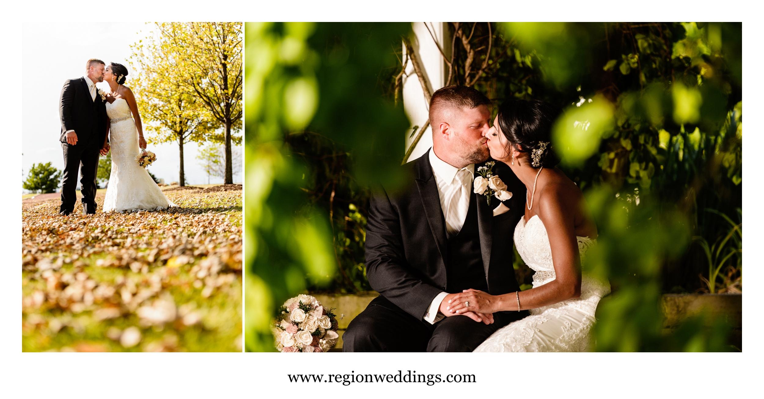Kissing photos at the Centennial Park gardens.