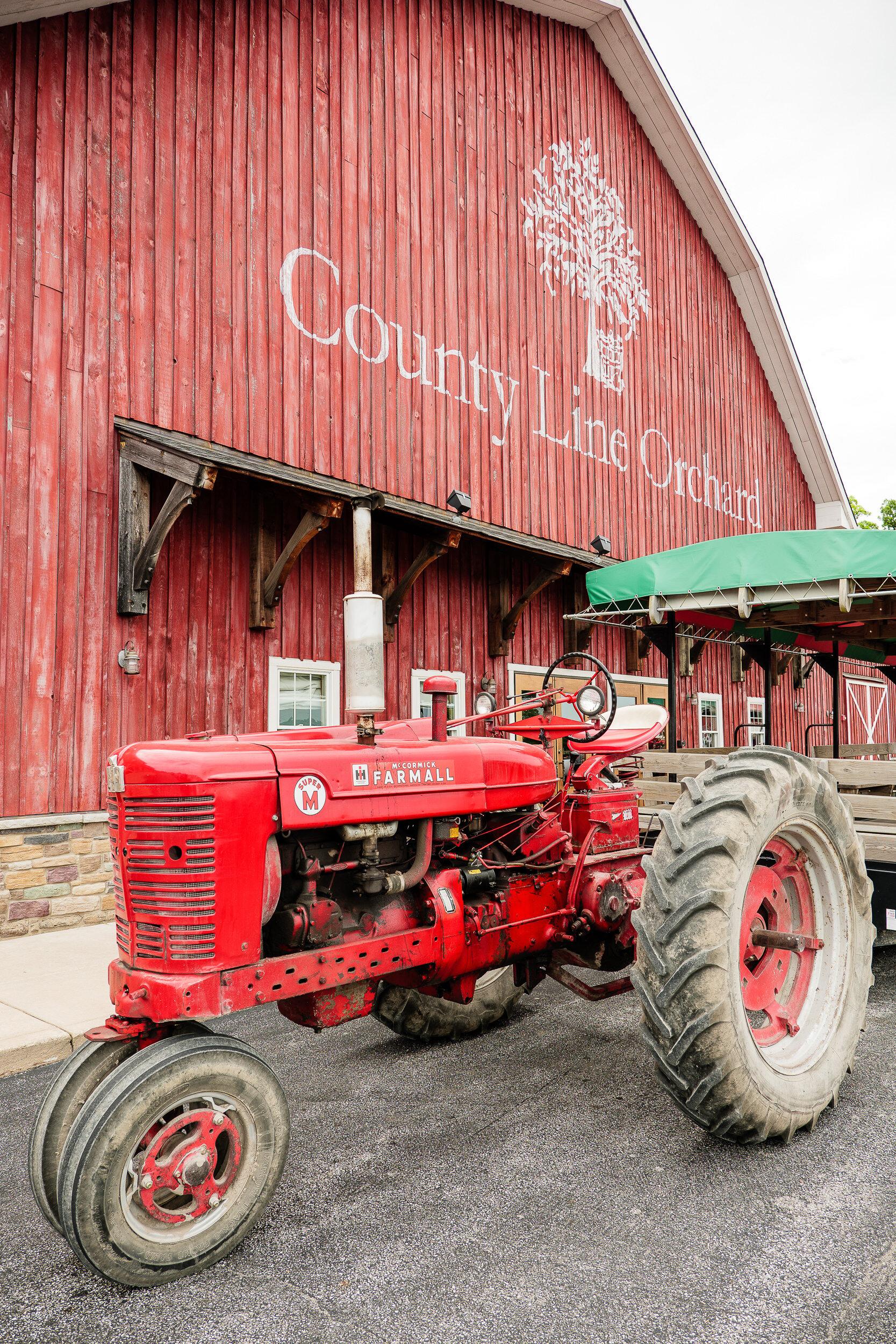 Northwest Indiana Wedding Photographer — Modern and Candid